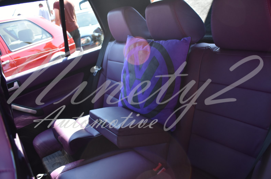 edition 38 vw golf mk4 purple y3rvs interior rear.png